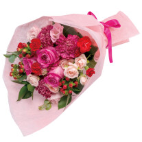 Bouquet in pink and red